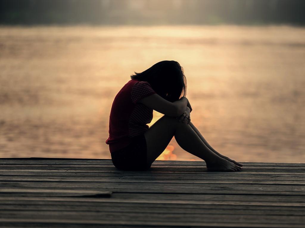 Kutus Kutus udržuje Vaši emoční rovnováhu a zbavuje Vás negativních emocí jako je nespavost, stres, deprese, úzkost, zklamání nebo pocity viny.