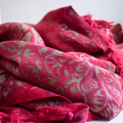 růžový sarong z Bali, pareo na plavky